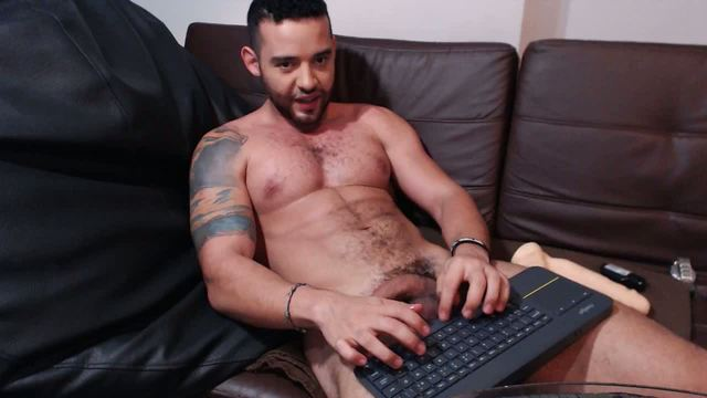 Logan Cardenas Private Webcam Show