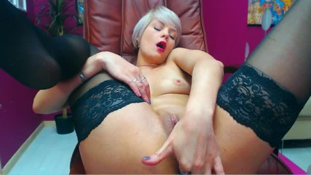 Mary Blondie Private Webcam Show