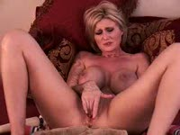 extreme pussy fuck and cuming