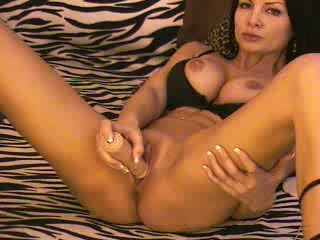Coryna Private Webcam Show