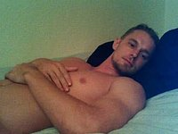 Jay Cumming on Stomach and Flirting on Cam