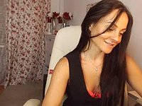 MILF Brunette Does Cum Webcam Show