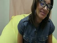 Older Gal in Glasses Webcam Showss Off Cleavage