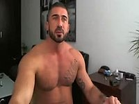 Max Madison Muscle and Big Cock Webcam Show