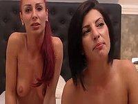 Krina & Natali & Lynette Fingers Pussy