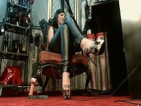 Mistress Grace Private Webcam Show