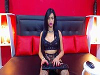 Wow Horny Julia Webcam Shows It All