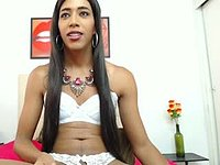 Aira Honey Private Webcam Show
