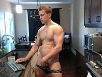 Jerking Webcam Show with Ohmibod Inside