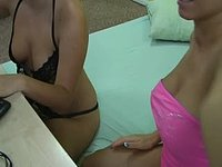 Belle & Amanda Private Webcam Show