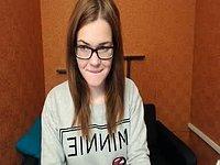 Sophie Loov Non-nude Webcam Show