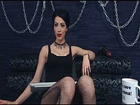 Dominatrix Raven Private Webcam Show