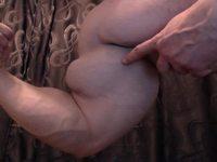 Diamon Flexes His Huge Muscles