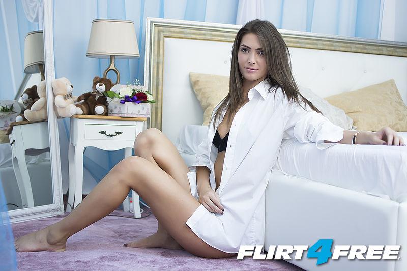 Photo of Lara Rosse
