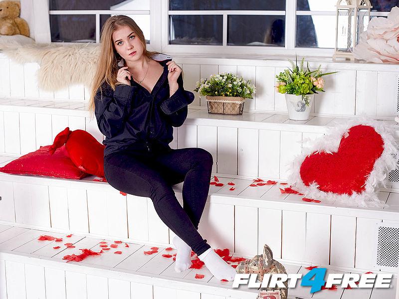 Be My Valentine Promo Contest (Day 1)