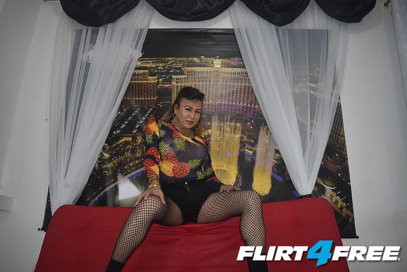 Luisana Duran   Sexy