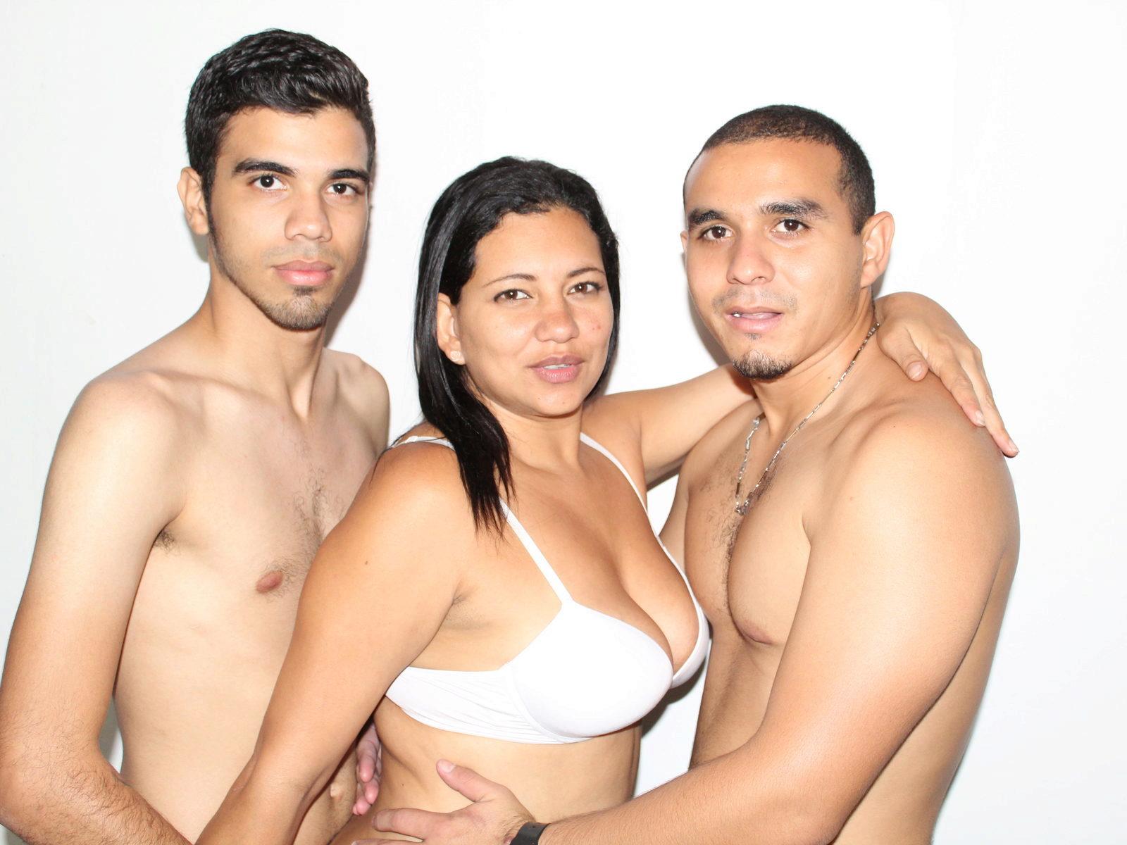 Nude thai models