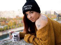 Maddie_Cox