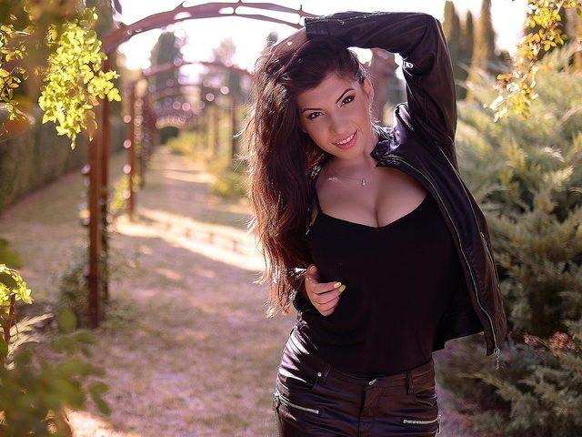 Hailee Diaz