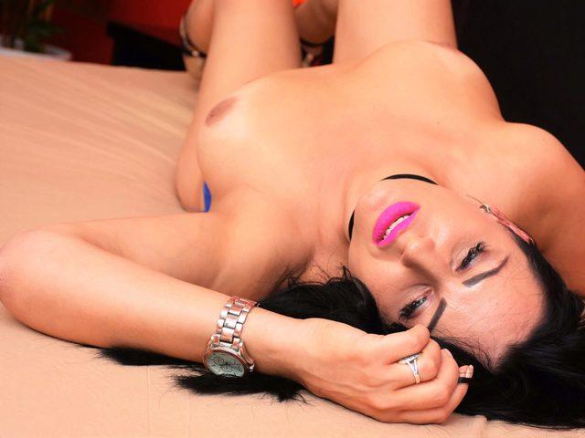 Kareena Love