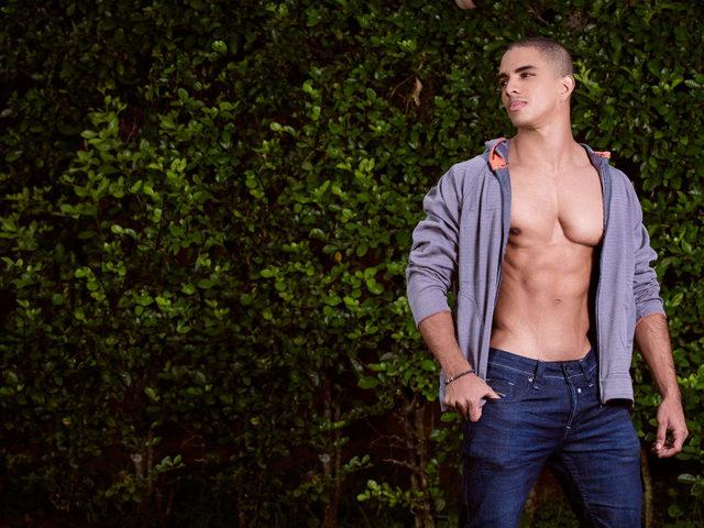 Antony Sexy