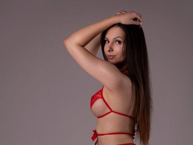 Caroline Gorgeous