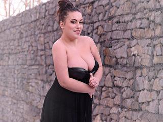 Gabriela Bella