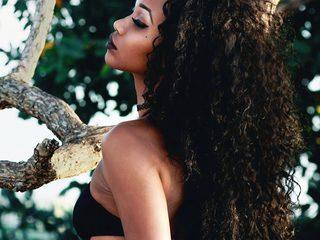 Naomi Kitty