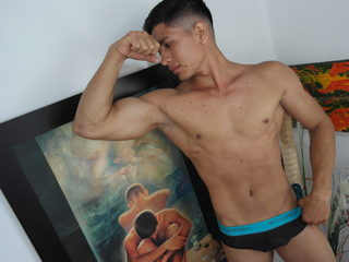Luciano Muscles