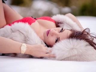 Nikki Crystal