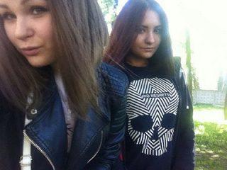 Emely & Millie