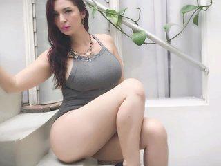 Paige L