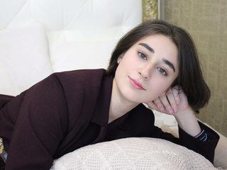 Adela Mcqueen