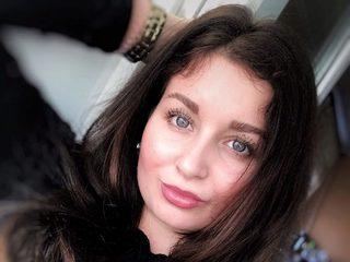 Alana Cee