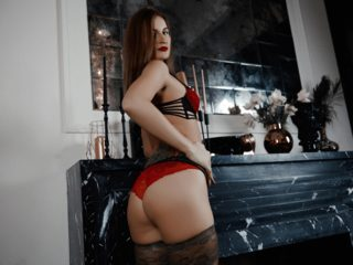 Samantha Nixon
