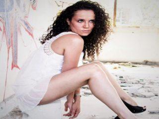 Melissa Curls