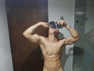 Damon Max