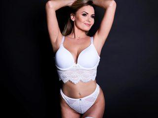 Julia_Mendezz