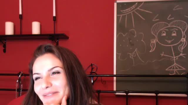 Lady Roxy Private Webcam Show