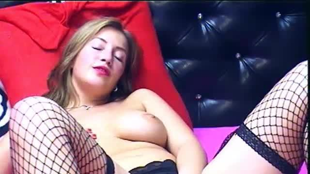 Vicky Hott Private Webcam Show