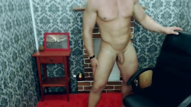 European Model Hercules Webcam Shows Off in Thong