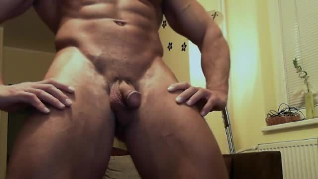 Big Bodybuilder Flex  and Strip Webcam Show