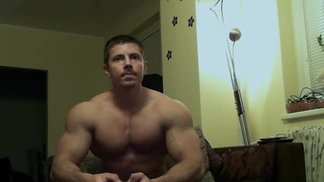 Party Chat: Lucas Webcam Showing His Nude Muscled Body