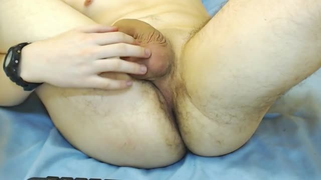 European Model Bradly Webcam Shows Off His Hole
