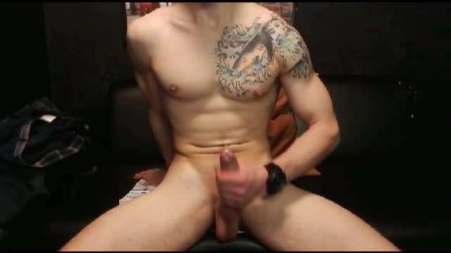 Hayden Wanks His Giant Cock