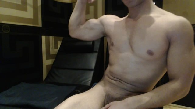 Group Chat: Muscled Boy Cums Like a Fountain