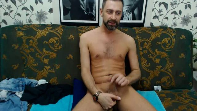 Zack Fingers Himself and Talks Dirty