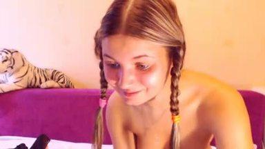 Molly Carnival Private Webcam Show