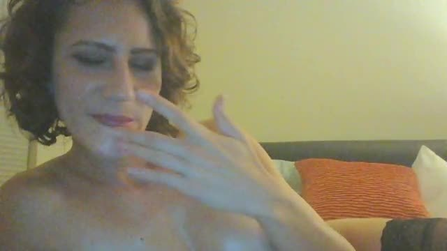 Isabel Jade Private