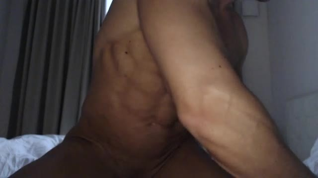 Alex Watford Webcam Shows His Muscular Body!